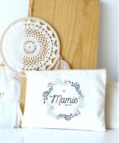 Mamie couronne de fleurs